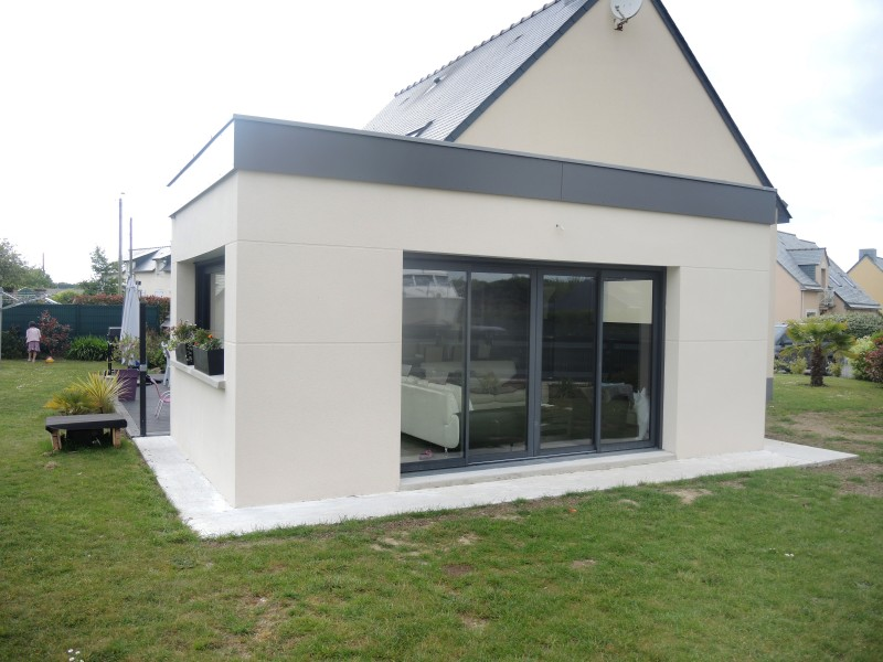 Extension bois toit plat for Extension contemporaine maison traditionnelle